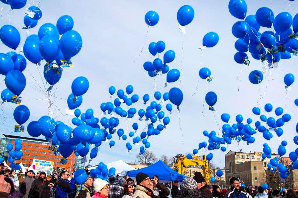 eventtalent flugwerbung ballonweitflug ballon werbebotschaft ballonservice